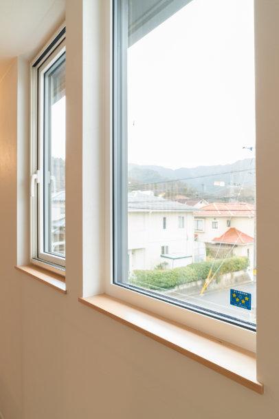 樹脂サッシトリプルガラス窓